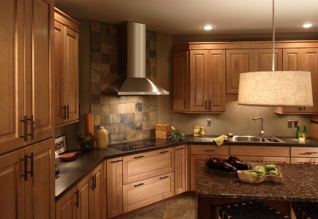 奢华家具原木色开放式厨房橱柜设计