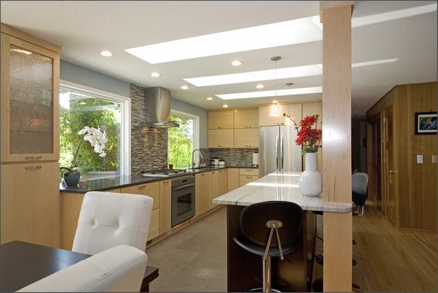歐式簡約廚房裝修設計