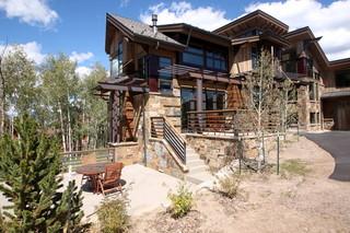 三层平顶别墅梦幻私家庭院设计图纸