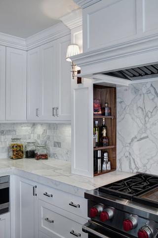 原木色和白色酷雅厨卫空间搭配设计