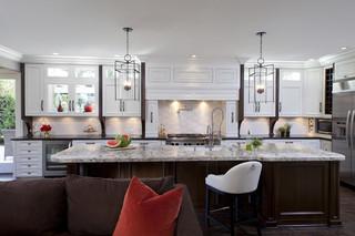 三层独栋别墅豪华卧室白色家居装修效果图