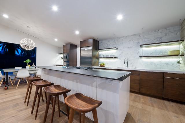 单身公寓时尚家居半开放式厨房设计图