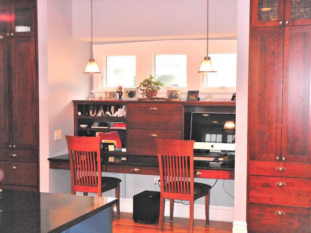 美式风格40平米古典中式实木餐桌效果图