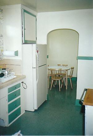 现代简约风格卫生间20平米小清新绿色橱柜装修效果图
