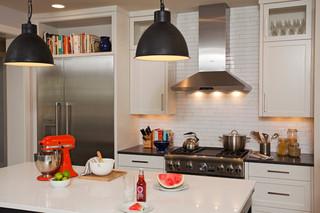 现代简约风格餐厅三层连体别墅时尚家装灯具效果图