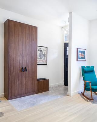 现代简约风格复式住宅浪漫婚房布置卧室衣柜内部定做