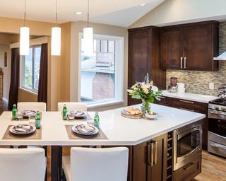 现代简约风格客厅复式客厅吊顶简单温馨红木家具餐桌效果图
