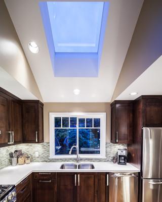 现代简约风格复式别墅简单温馨大理石餐桌图片