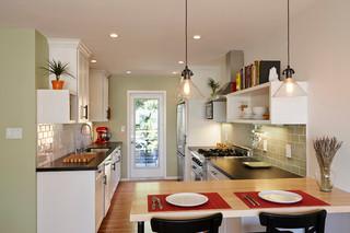 现代简约风格餐厅小公寓小清新餐厅灯饰图片