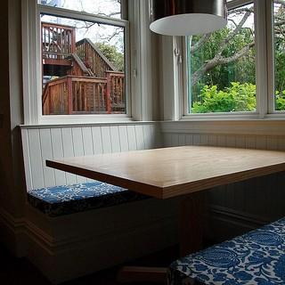 现代简约风格卧室复式客厅装饰卧室温馨红木家具餐桌图片