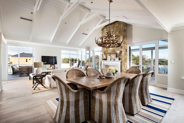 地中海风格客厅三层半别墅简单温馨新款布艺沙发效果图
