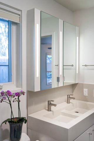 欧式风格卧室浪漫婚房布置经济型品牌浴室柜图片