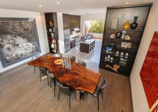 现代简约风格餐厅小清新富裕型实木餐桌图片