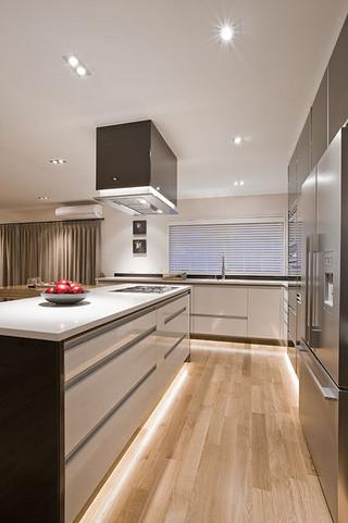 现代简约风格厨房一层半小别墅欧式豪华原木色效果图