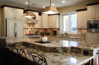 现代简约风格厨房三层别墅及豪华红木餐桌效果图