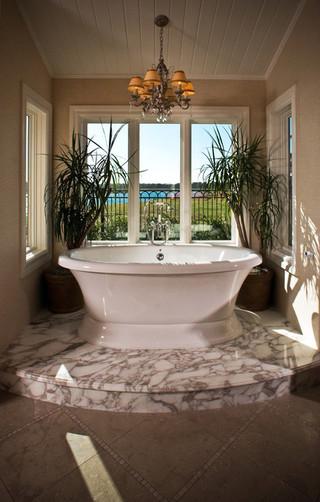 现代美式风格300平别墅豪华房子独立式浴缸效果图