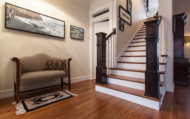 豪华欧式卧室富裕型小复式楼梯装修效果图