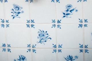 现代简约风格卧室简单实用经济型全抛釉瓷砖图片