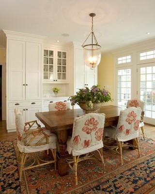 美式风格卧室一层别墅及浪漫婚房布置实木餐桌效果图
