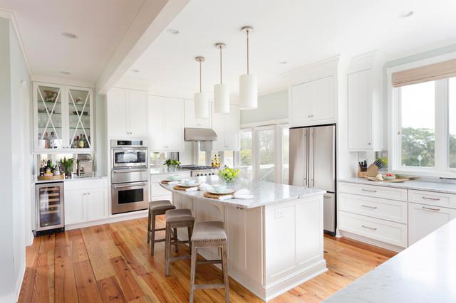 现代简约风格卫生间简洁卧室白色欧式家具装修效果图