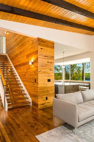 东南亚风格家具复式客厅吊顶艺术实木楼梯效果图