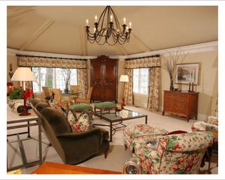 暖色调温馨舒适的欧式别墅
