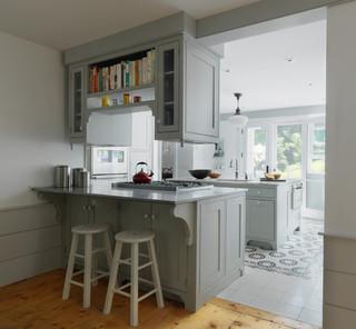 现代简约风格卫生间300平别墅欧式豪华厨房收纳架图片