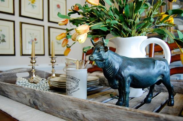 法式风格一层别墅及浪漫婚房布置花瓶图片