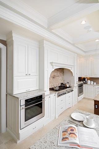 现代欧式风格3层别墅 新古典快餐桌图片