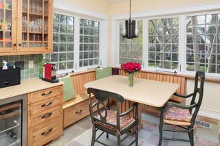 欧式风格卧室一层半别墅欧式奢华红木家具餐桌效果图