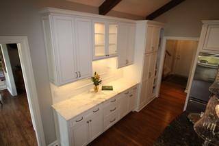 新古典风格一层半别墅新古典卫生间效果图