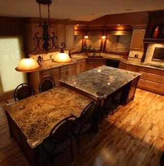 新古典风格3层别墅古典中式家庭餐桌图片