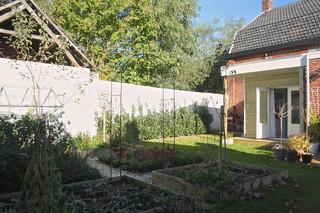 混搭风格一层别墅及可爱房间阳台花园装修效果图