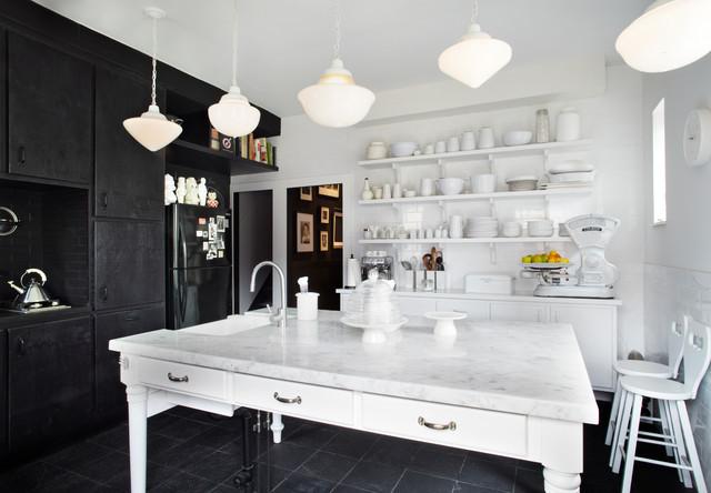 混搭风格客厅一层半小别墅实用客厅红木家具餐桌效果图