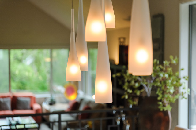 美式风格三层半别墅时尚衣柜飞利浦吸顶灯图片
