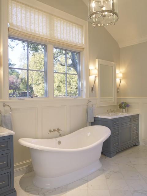 欧式风格三层双拼别墅古典卧室品牌按摩浴缸图片