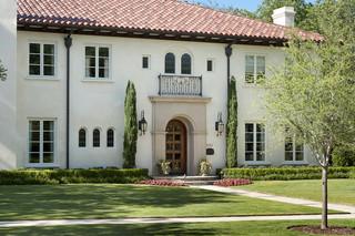 现代美式风格三层半别墅客厅简洁私家庭院设计图