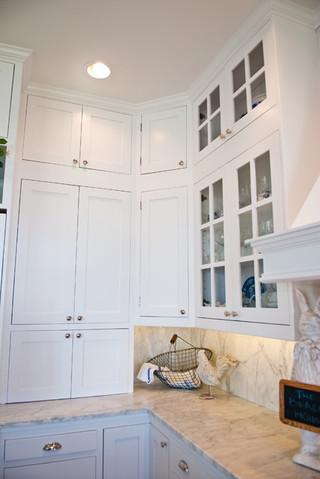 现代简约风格卧室一层别墅及简洁卧室大理石背景墙设计图