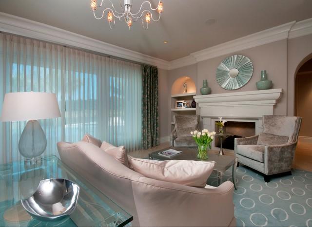 地中海风格三层平顶别墅浪漫卧室根雕茶几图片