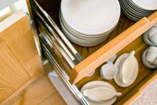 北欧风格卧室小型公寓唯美厨房推拉门设计
