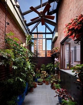 英伦风格50平复式楼浪漫卧室进门入户花园效果图