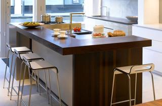 现代简约风格餐厅一层半小别墅新古典主快餐桌图片