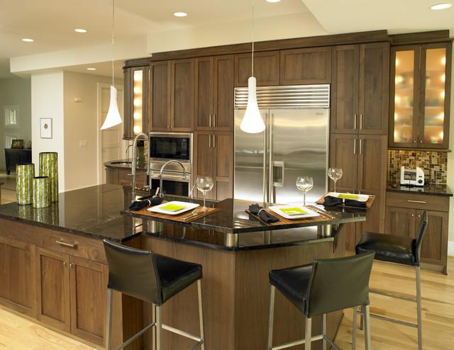 核桃廚房 實木櫥柜的典雅奢華