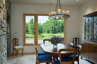 美式风格300平别墅浪漫卧室中式餐桌图片
