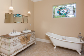现代美式风格一层半别墅乐活浴缸龙头效果图