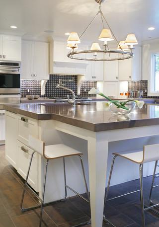 欧式风格家具一层半别墅浪漫卧室家庭餐桌图片
