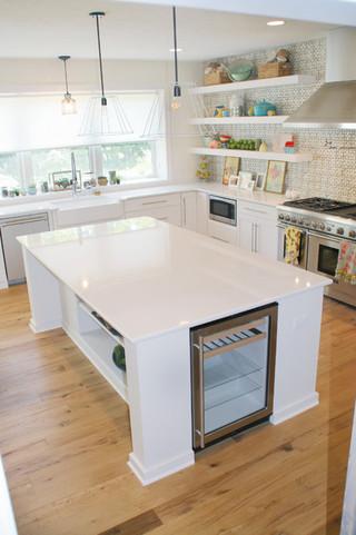 现代简约风格一层半小别墅温馨装饰折叠餐桌效果图
