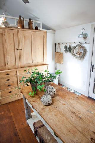 欧式田园风格小户型公寓温馨装饰快餐桌效果图