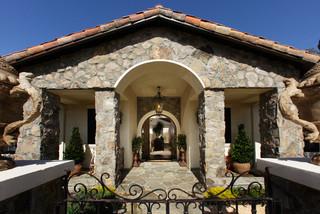 白色简欧风格一层别墅及简单温馨装修效果图