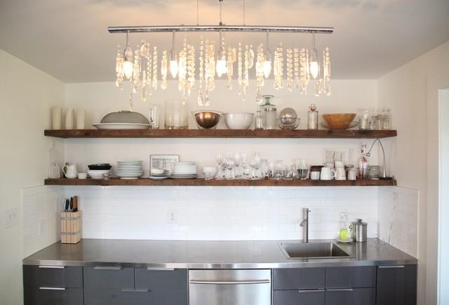 现代简约风格卫生间老年公寓简洁不锈钢橱柜效果图